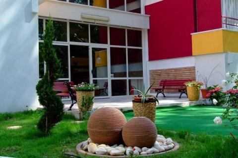 Hotel Sara - Gradina Hotel